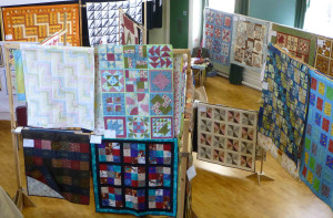 Quilting exhibition in HItchin raises money for BUS via a raffle of a quilt